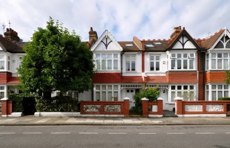 Would you benefit from mortgage advice with no fees?